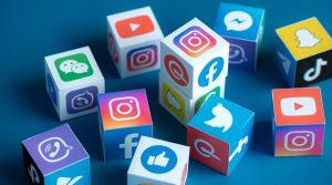 Tech news social media